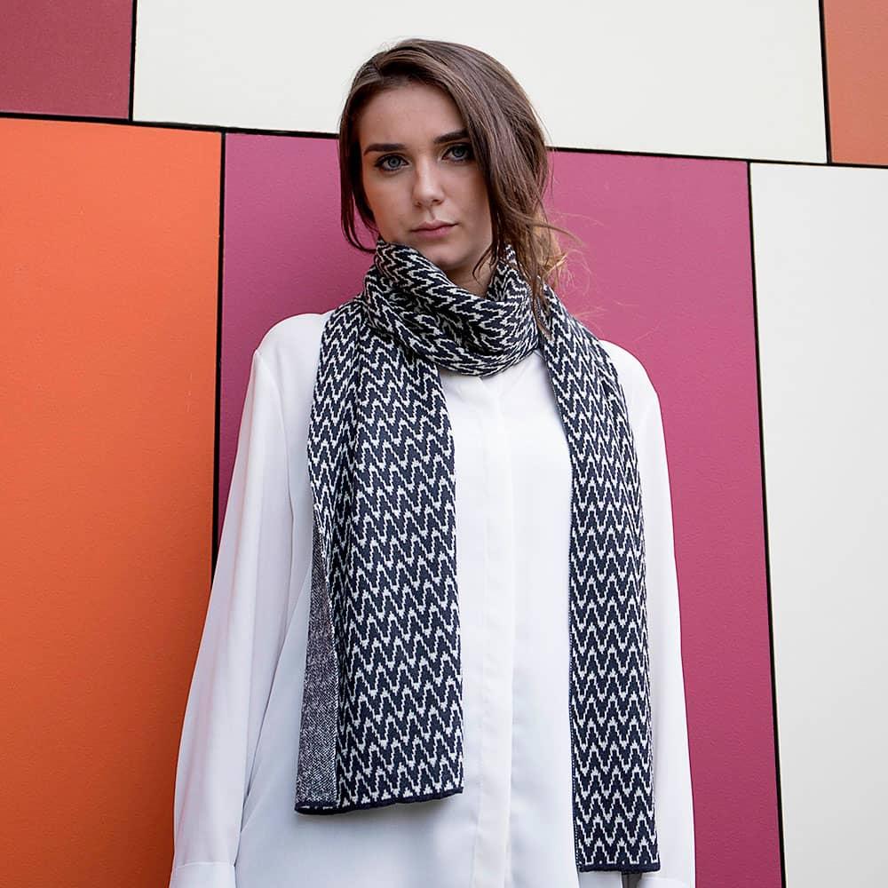 Ladies Zig Zag Wool Scarf - Slate Grey