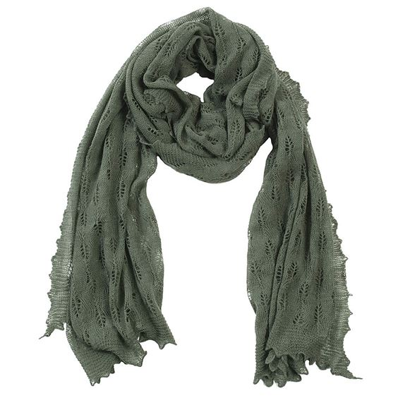 Elegant cashmere and wool stole