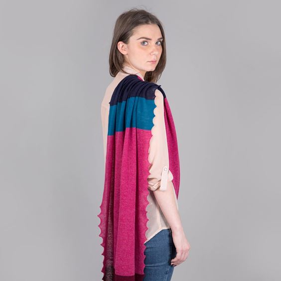 Womens Lambswool Plum Scarf
